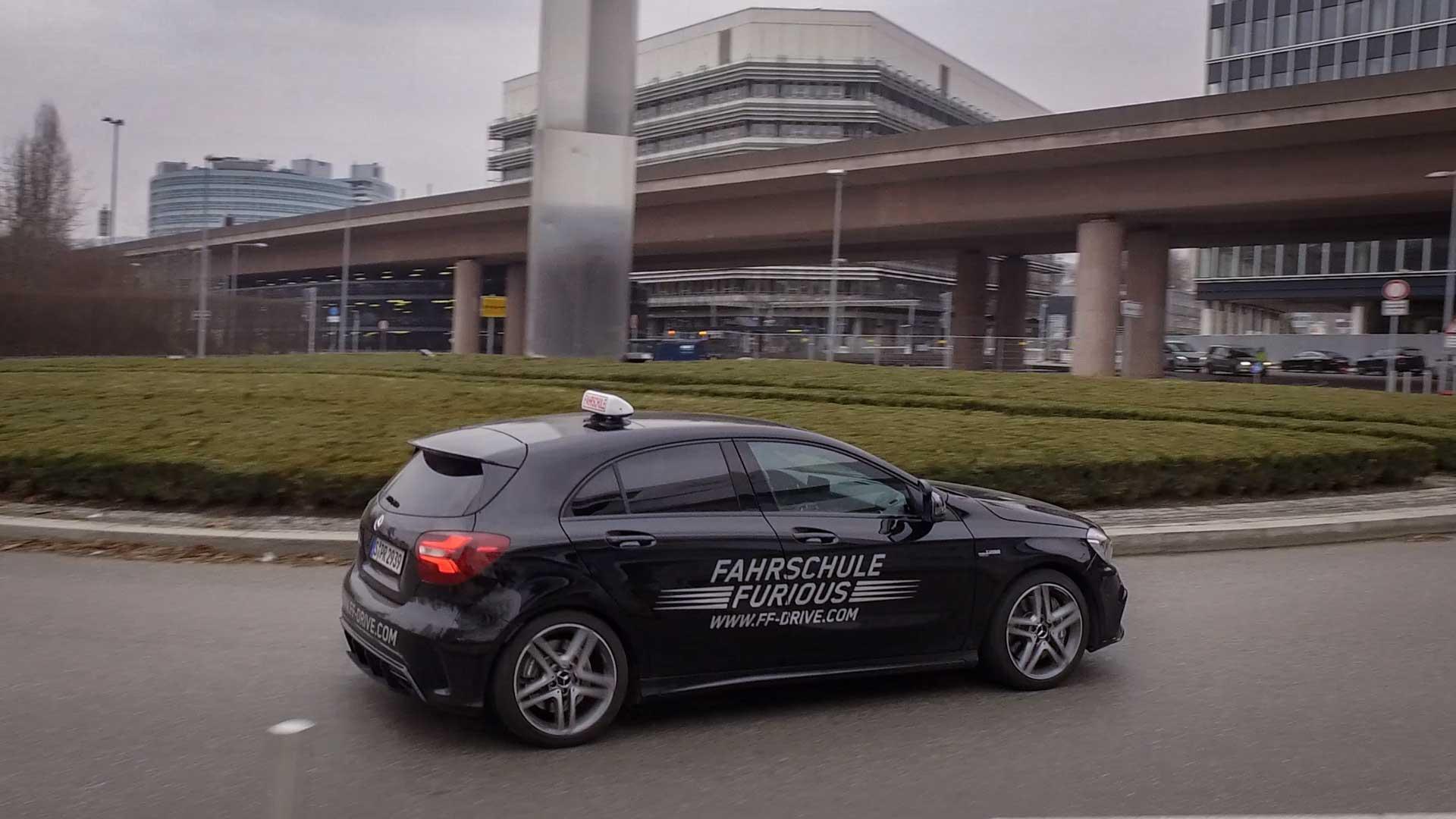 Drohne Mercedes Benz Museum - Mick Schumacher