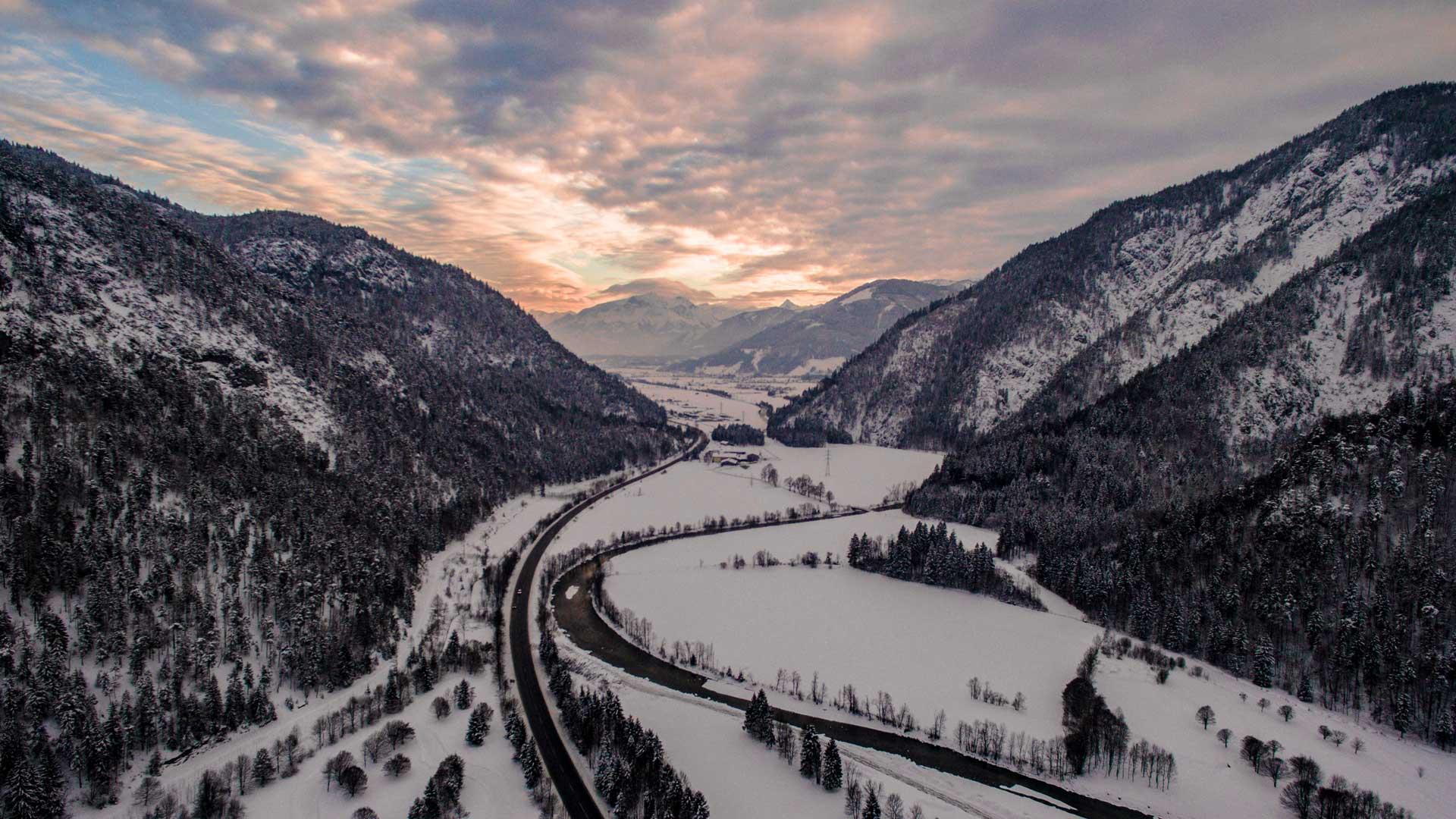 Saalfelden Drone Drohne Österreich - Mercedes Benz Driving Experience