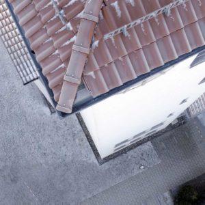 Dachinspektion mit der Drohne