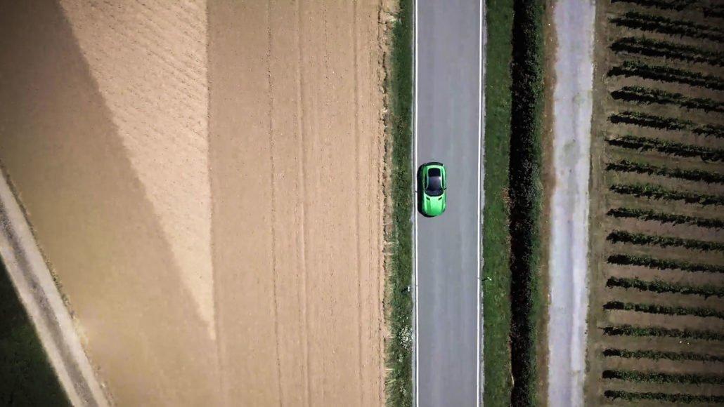 VR-Copter_Daimeler_Mercedes_AMG_Ausfahrt_Luftaufnahmen_mit_der_Drohne_Stuttgart